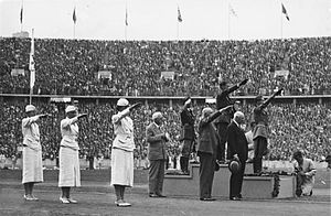 Gotthard Handrick - Medal presentation at the 1936 Olympic games, with Handrick in 1st place