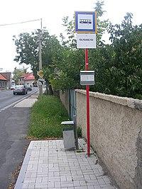 Bus stop, Pňov.jpg