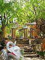Cổng chùa Cổ Thạch.jpg