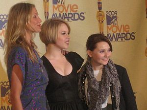 Sofia Vassilieva - With Cameron Diaz and Abigail Breslin at 2009 MTV Movie Awards