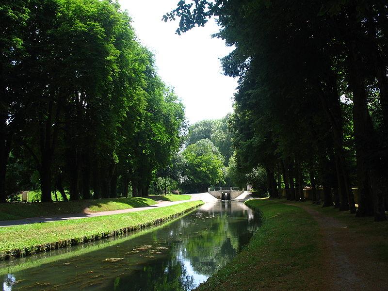 Canal de Berry à Mehun sur Yèvre (18).