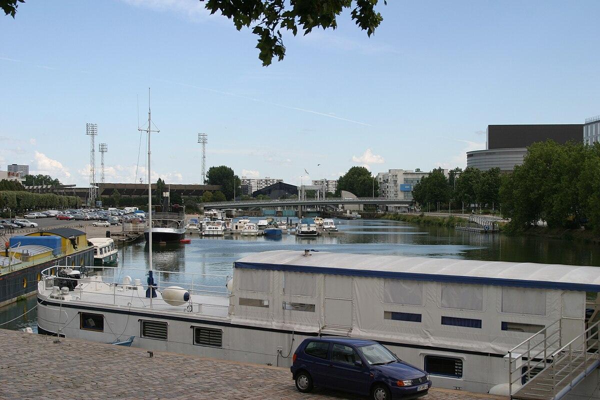 Canal SaintFélix Wikipédia - Batardeau porte