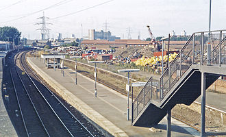 Canning Town station - The platforms in 1983