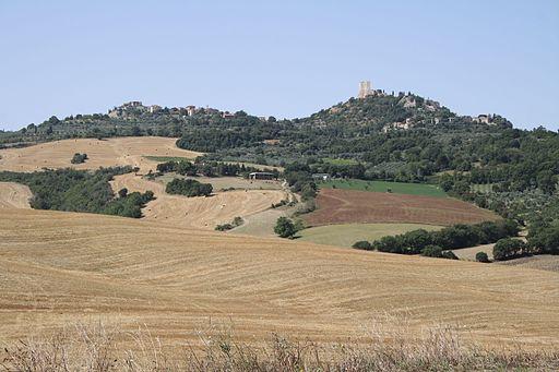 Castiglione D'Orcia e Rocca D'Orcia - veduta dalla Via Cassia