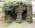 Castiglione olona, palazzo branda, esterno, giardino 02 grotticina.jpg