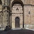Catedral de Astorga. Portada lateral.jpg