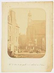 Photographie du côté gauche de la cathédrale de Saint-Brieuc