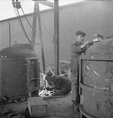 Cecil Beaton Photographs- Tyneside Shipyards, 1943 DB184.jpg