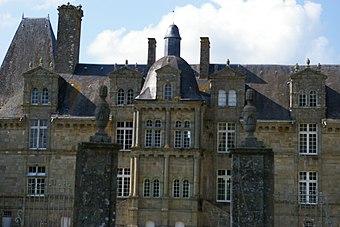 Château Foulletorte loggia.JPG
