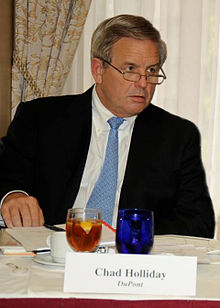 Chad Holliday at the Council on Competitiveness 2007 annual meeting.jpg