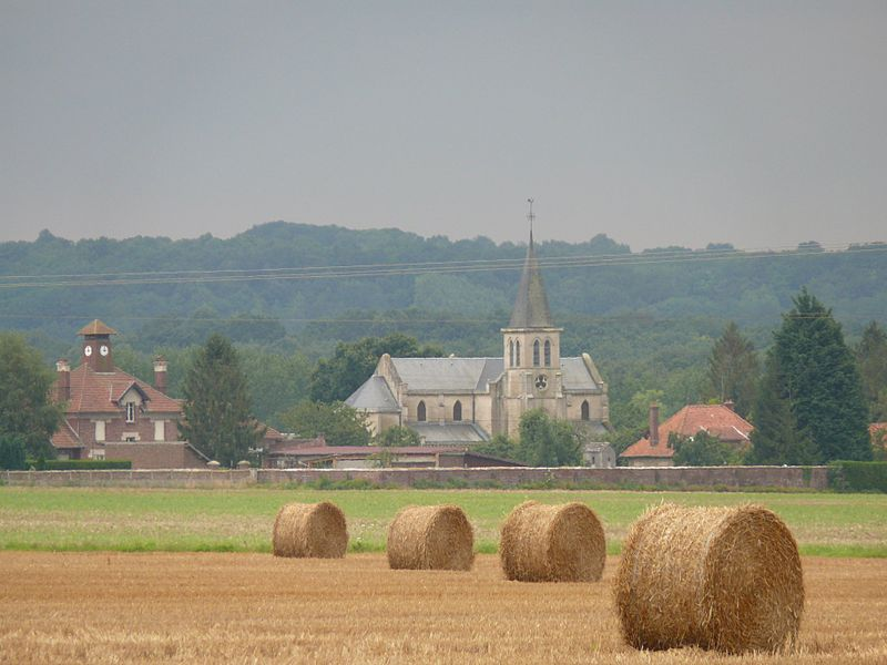 Saint-Peter's church of Champs (Aisne, Picardie, France).
