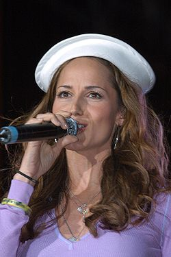 Chely Wright Fleet Week.jpg