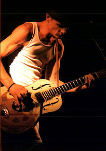 Chris Whitley 1998.jpg