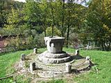 Ciucea castle roman fountain 2.JPG