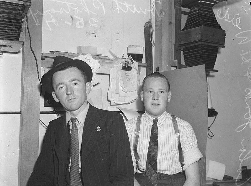 File:Colin Jones and H. Weideman. Truth photographers in the studio, Brisbane 1946 (24387589525).jpg