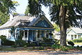 Columbus Historic District House on corner of Broadway and 5th Street.JPG