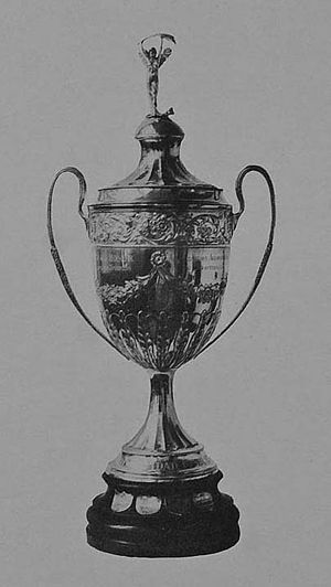 Copa de Honor Municipalidad de Buenos Aires - The trophy awarded to champions