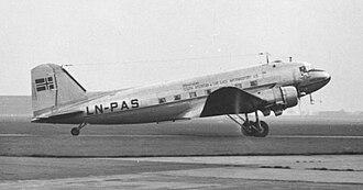 Braathens - Braathens Douglas DC-3 in 1952 wearing the airline's full name
