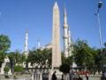 DSC04110c Istanbul - Ippodromo - Obelisco e minareti - Foto G. Dall'Orto 25-5-2006.jpg