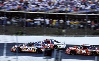 Dale Earnhardt Jr. - Earnhardt (far right) racing alongside Mike Skinner and Jerry Nadeau (left) at the 2000 Coca-Cola 600