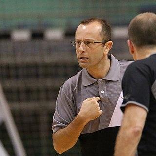 Dan Shamir Israeli basketball coach