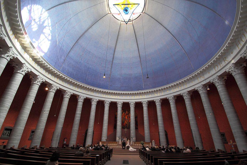 St. Ludwig in Darmstadt: Eine katholische Kirche? 1024px-Darmstadt_St_Ludwig_07