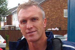 Steve Davis (footballer, born 1965) - Davis in 2012