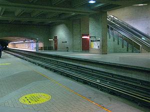 De Castelnau station - Image: De Castelnaumetro