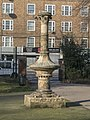 Decorative Column On West Side Of Kennington Park (cropped).jpg