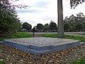 Deest Monument met Jaartallen 2.jpg