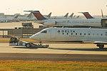 Delta N680CA Bombardier CRJ-200 (33276959425).jpg