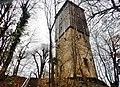 Der Aussichtsturm wurde 1888 zum 500. Jahrestag der Schlacht bei Döffigen auf den Resten der früheren Michaelskirche errichtet. Der Turm steht auf einer Höhe von 394 Metern und ist 22 Meter hoch. - panoramio.jpg