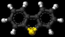 Ball-and-Stick-Modell des Dibenzothiophenmoleküls