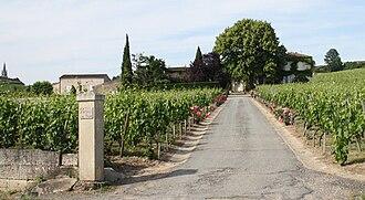17c5566c65b Château Saint Georges (Côte Pavie) - Wikipedia