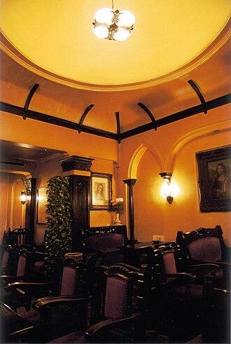 Salon de thé François - Interior hall of Salon de thé François