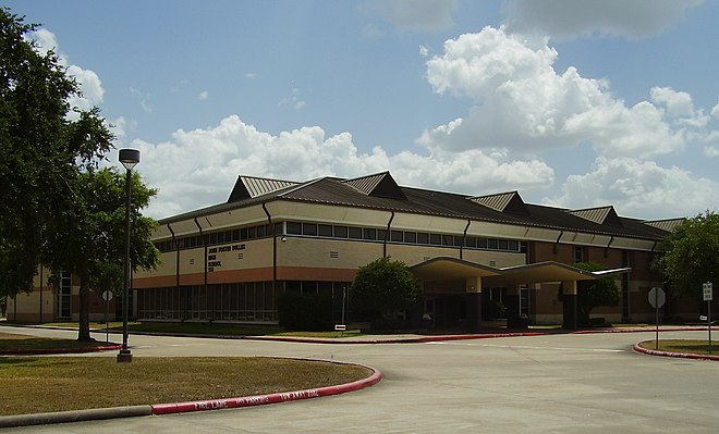 Dulles High School (Sugar Land, Texas)