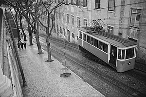 Ascensor da Glória - The funicular along the Bairro Alto leg in 1957