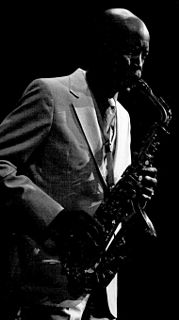 Eddie Vinson American jump blues, jazz, bebop and R&B alto saxophonist and blues shouter