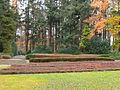 Ehrenfriedhof-cap-arcona-scharbeutz-haffkrug-rechts-vom-hochkreuz.JPG
