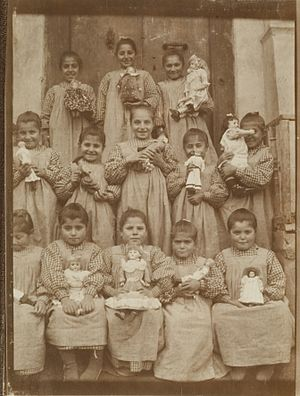 School uniform - Pupils in Turkey, 1905