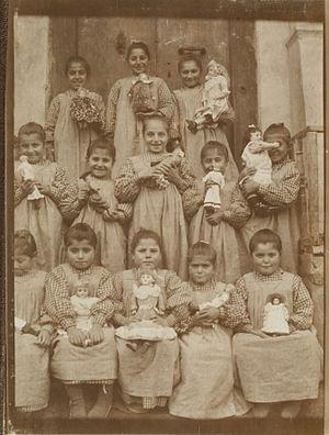 School uniform - Pupils in Turkey, 1905