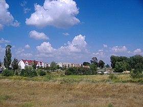 Elk residential settlement and green field 2006.jpg