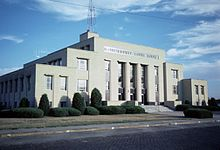 Ellis county courthouse kansas.jpg
