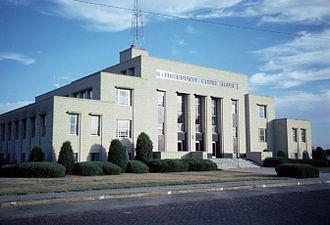 Ellis County, Kansas - Image: Ellis county courthouse kansas