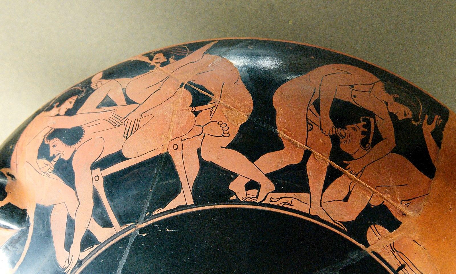 Жена подарила стилизованные древние оргии большая грудь порно
