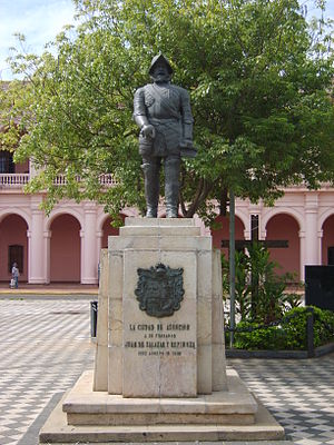 History of Paraguay - Monument of Juan de Salazar de Espinosa in Asuncion