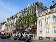 Photo de la façade de l'agence européenne pour l'environnement à Copenhague.