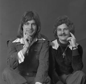 Waterloo & Robinson - Image: Eurovision Song Contest 1976 Austria Waterloo & Robinson 1