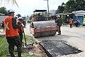 Exército faz operação tapa-buracos nas ruas de Tabatinga (24402417488).jpg