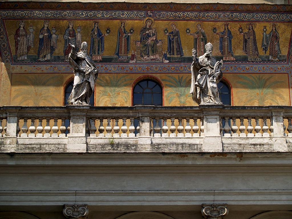 Facade et mosaique de la basilique Santa Maria in Trastevere à Rome - Photo Miguel Hermoso Cuesta